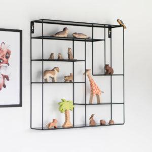 Kinderzimmer Wandregal in Schwarz, Metall, verschiedene Fächer, 60 x 60 cm, Bruka Design, auch in weiß erhältlich