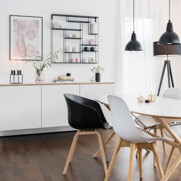 Wandregal aus Metall von Bruka Design, 80 x 80 cm in schwarz
