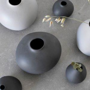 Vase anthrazit Skandi Källa Storefactory
