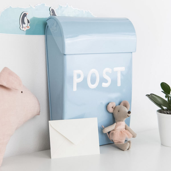 Briefkasten Kinder hellblau Bruka Design